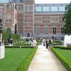 Piet's Heggetjes staan ook bij het Rijksmuseum in Amsterdam